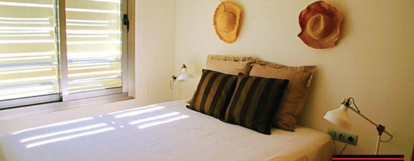 Long-term-rental-Jesus-Pool-Ibiza-7