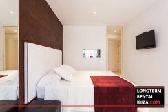 Seasonal-rental-Las-Boas-Ibiza-Harbour-Apartment-uno-3