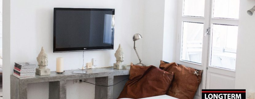 Long-term-rental-apartment-Vara-De-Rey-2