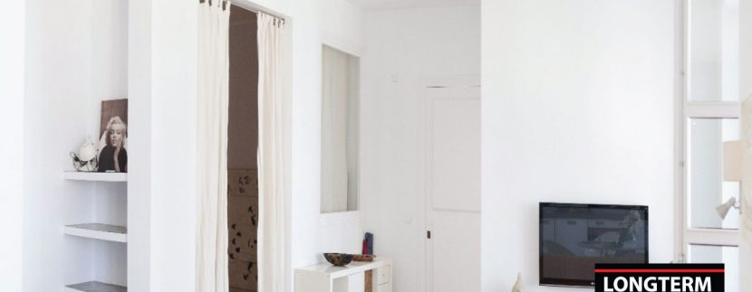 Long-term-rental-apartment-Vara-De-Rey-6
