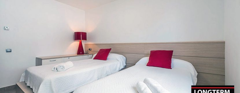 Long term rental Villa Jordina 25