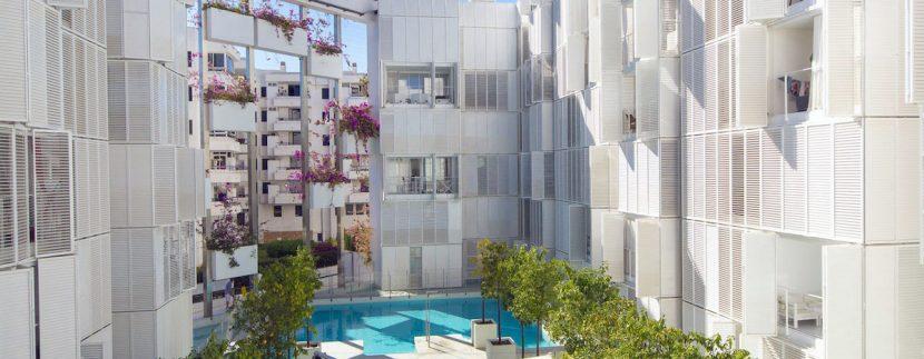 Long term rental Ibiza Patio blanco 2