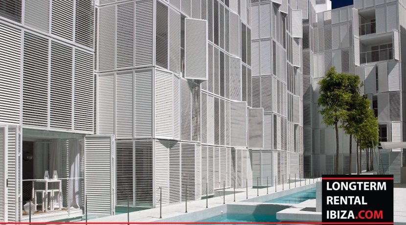 Long term rental Ibiza Patio blanco 5