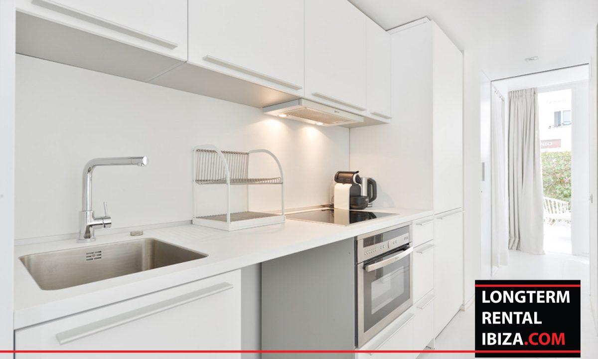Long term rental Ibiza - Patio Blanco Jardín 12