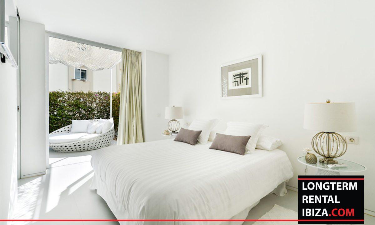 Long term rental Ibiza - Patio Blanco Jardín 13