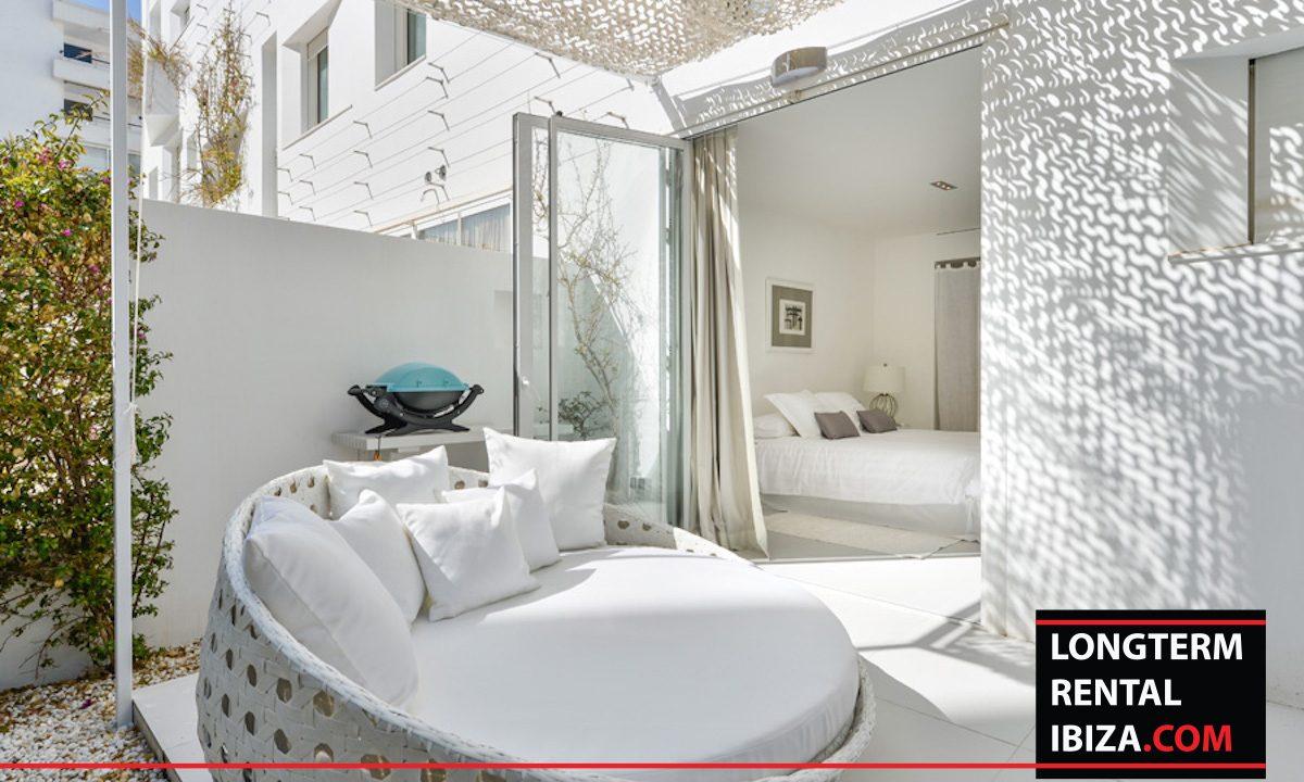 Long term rental Ibiza - Patio Blanco Jardín 20