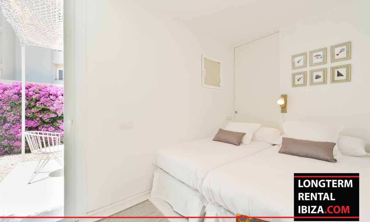 Long term rental Ibiza - Patio Blanco Jardín 23