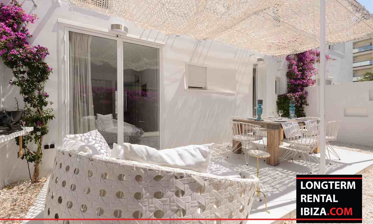Long term rental Ibiza - Patio Blanco Jardín 28