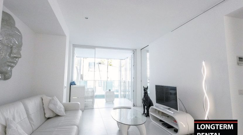 Long term rental Ibiza - Apartment Patio Blanco Lio 1