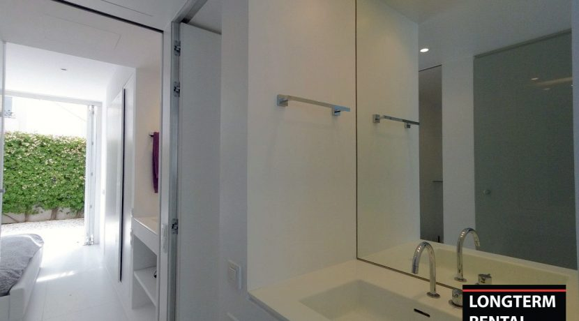 Long term rental Ibiza - Apartment Patio Blanco Lio 2