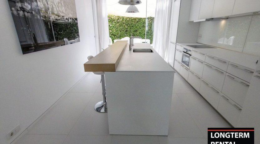 Long term rental Ibiza - Apartment Patio Blanco Lio 9