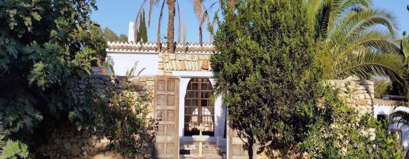 Long term rental Ibiza - Villa Alhambra 2