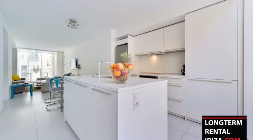 Long term rental Ibiza - Patio Blanco Pacha 5