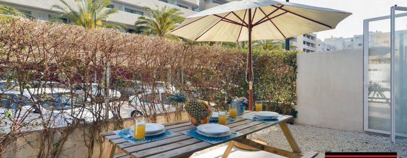 Long term rental Ibiza - Patio Blanco Pacha 8