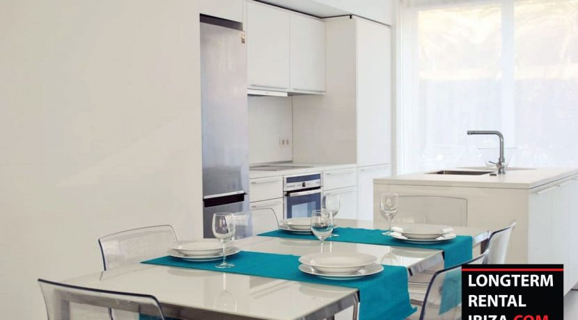 Long term rental Ibiza - Patio Blanco Pacha 9