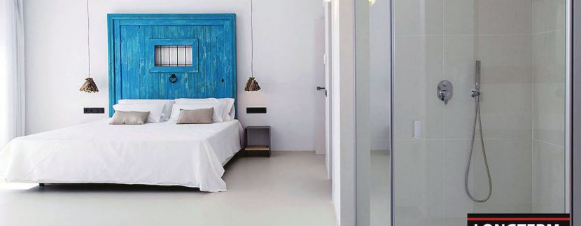Long term rental Ibiza - Villa Blackstyle 16