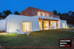 Long term rental Ibiza - Villa Blackstyle 33