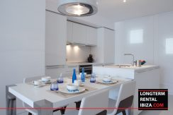 Long term rental Ibiza - Partio Blanco Hard Rock 5