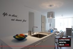Long term rental Ibiza - Partio Blanco Hard Rock 6