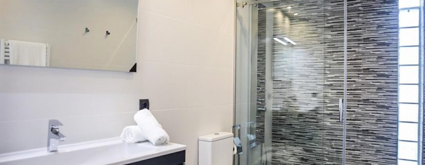 Long term rental Ibiza - Villa Lleña12