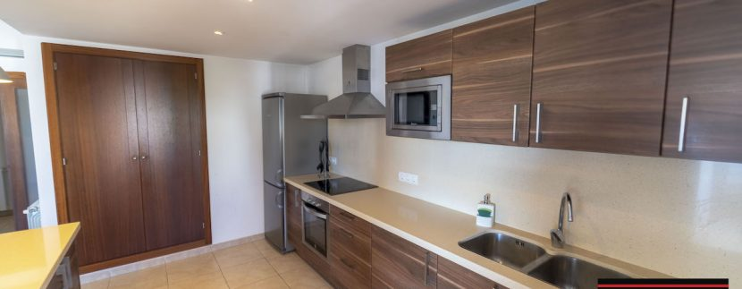 Long term rental Ibiza - Apartment Citroen 12