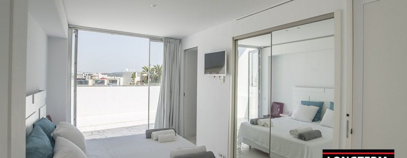 Long term rental Ibiza - Penthouse Las boas Amnesia22