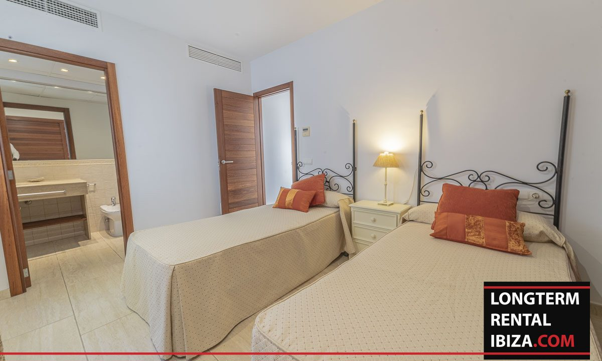 Long term rental Ibiza - Villa Mediterenean12