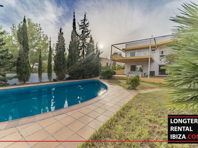 Long term rental Ibiza - Villa Edificio
