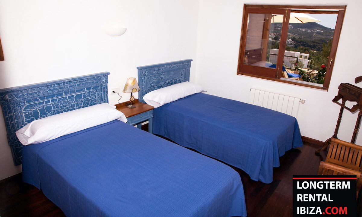 Long term rental Ibiza - Villa Madera 12