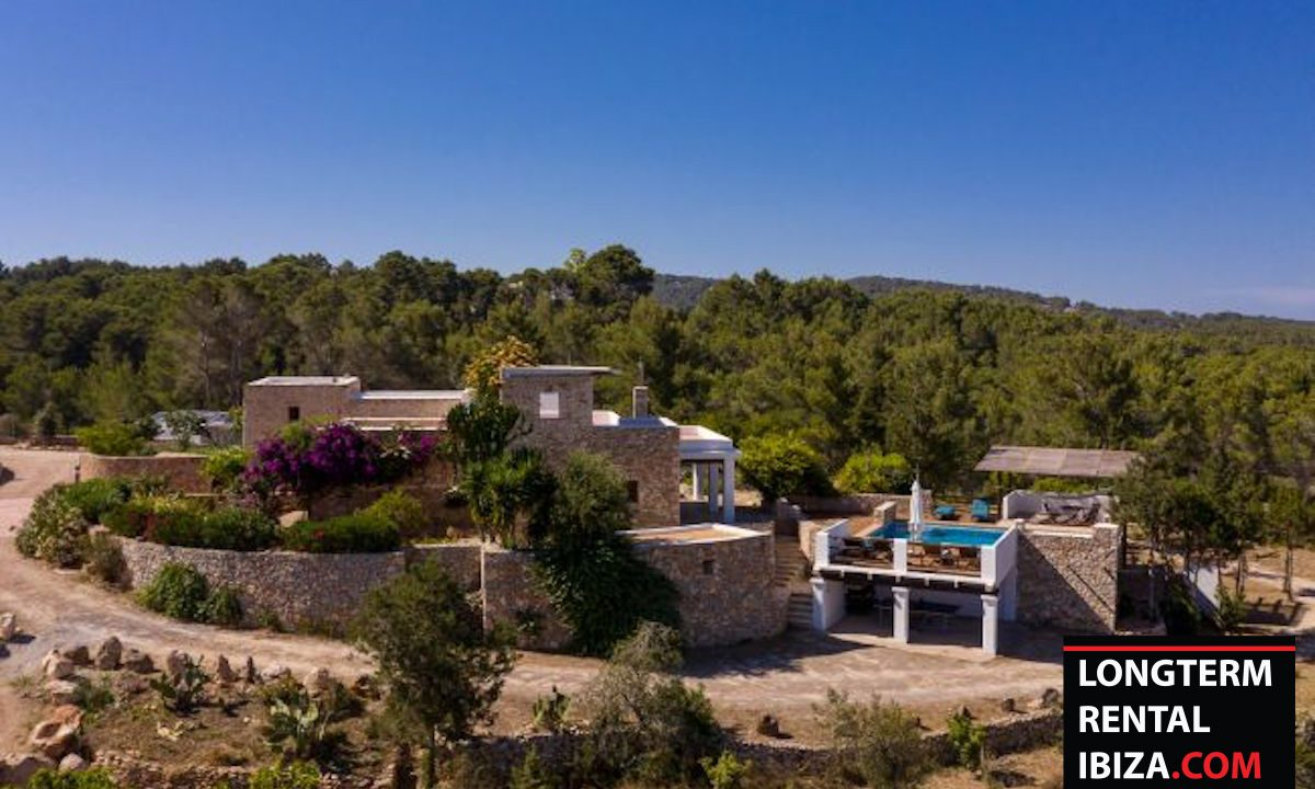 Long term rental Ibiza - Finca Authentic 11