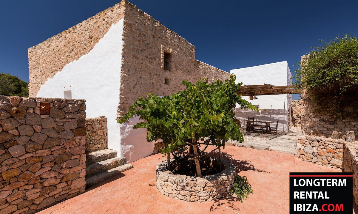 Long term rental Ibiza - Finca Authentic 19