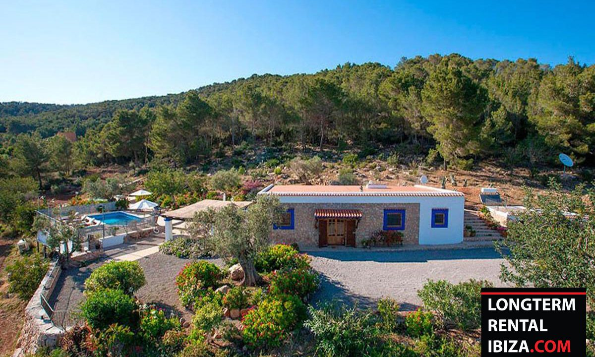 Long term rental Ibzia - Villa Matue