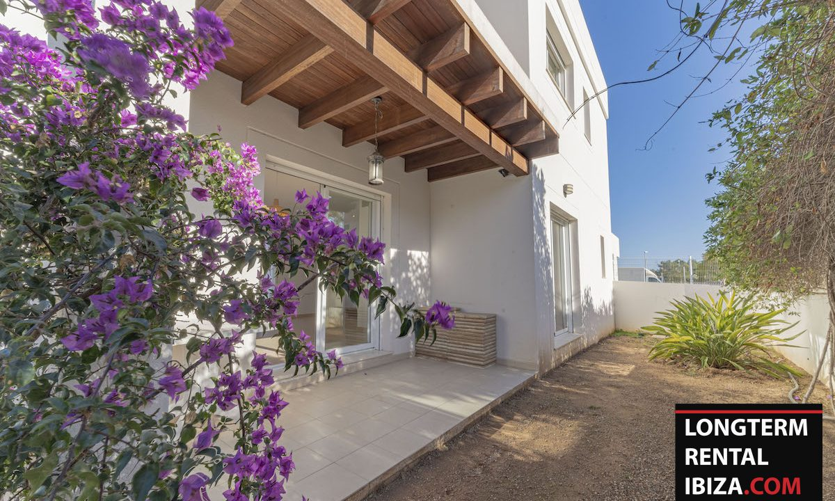 Long term rental Ibiza - Villa De Bou 16