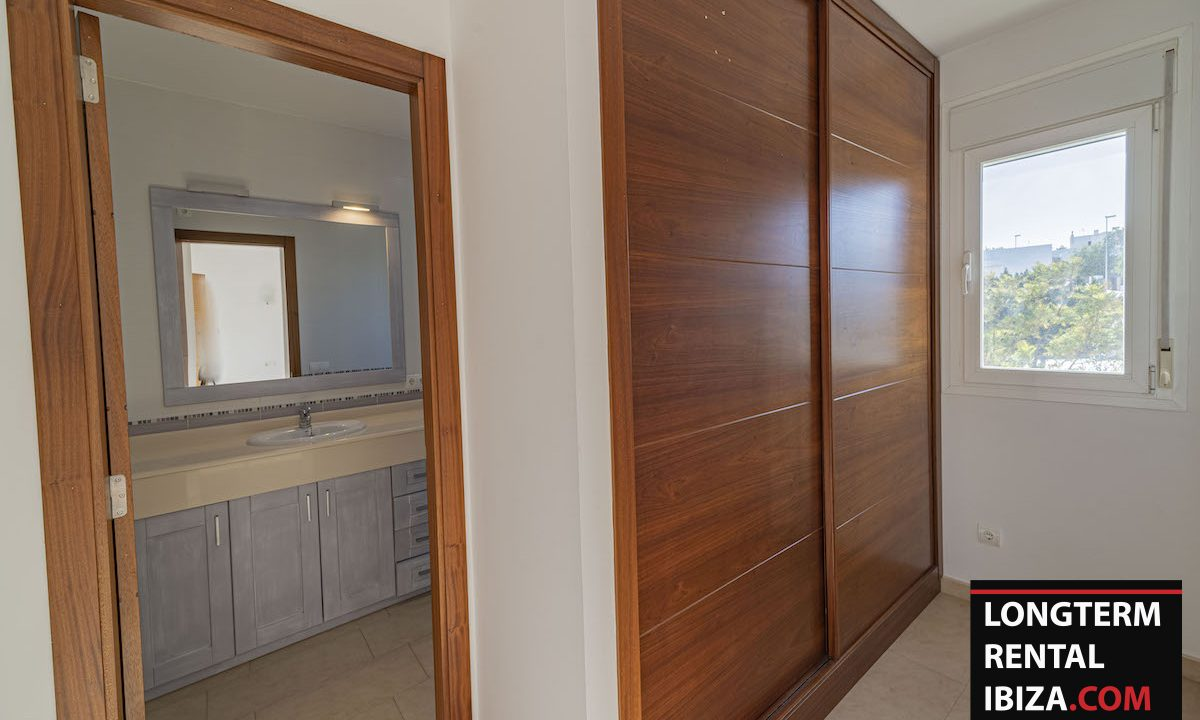 Long term rental Ibiza - Villa De Bou 20