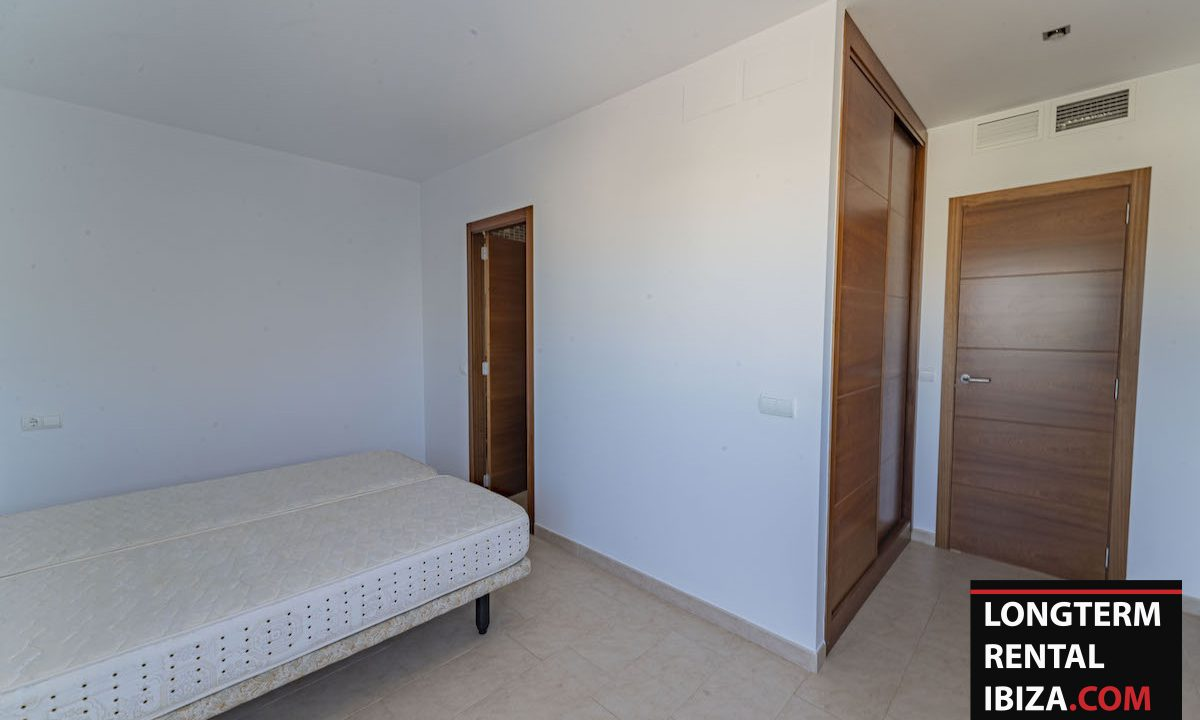 Long term rental Ibiza - Villa De Bou 33