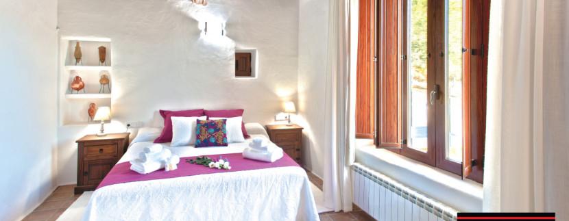 Long-term-rental-Ibiza-Masion-Vincente--18
