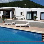 Long term rental Ibiza Casa Km3
