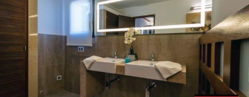 Long term rental Villa Quality 12