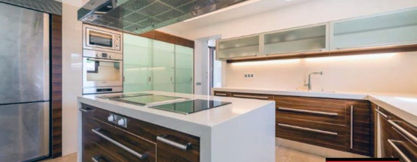 Long term rental Villa Quality 4