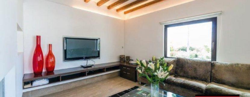 Long term rental Villa Quality 9