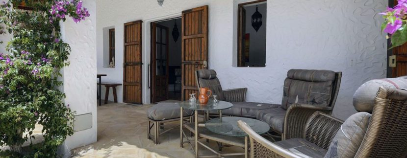 Long term rental Ibiza - Villa Alhambra 9