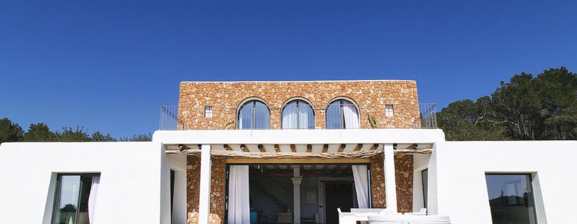 Long term rental Ibiza - Villa Blackstyle
