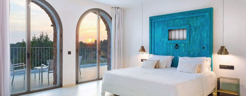 Long term rental Ibiza - Villa Blackstyle 17