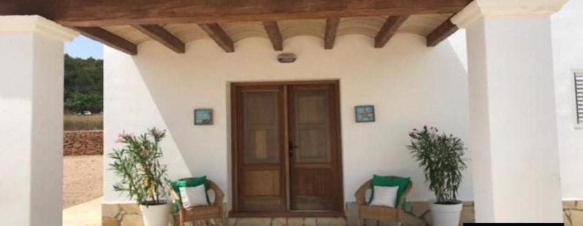 Long term rental Ibiza - Finca Rustica11