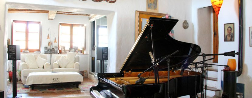 Long term rental Ibiza - Finca Autentica25