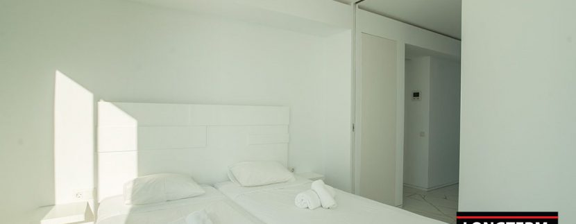 Long term rental Ibiza - Penthouse Las boas Amnesia23