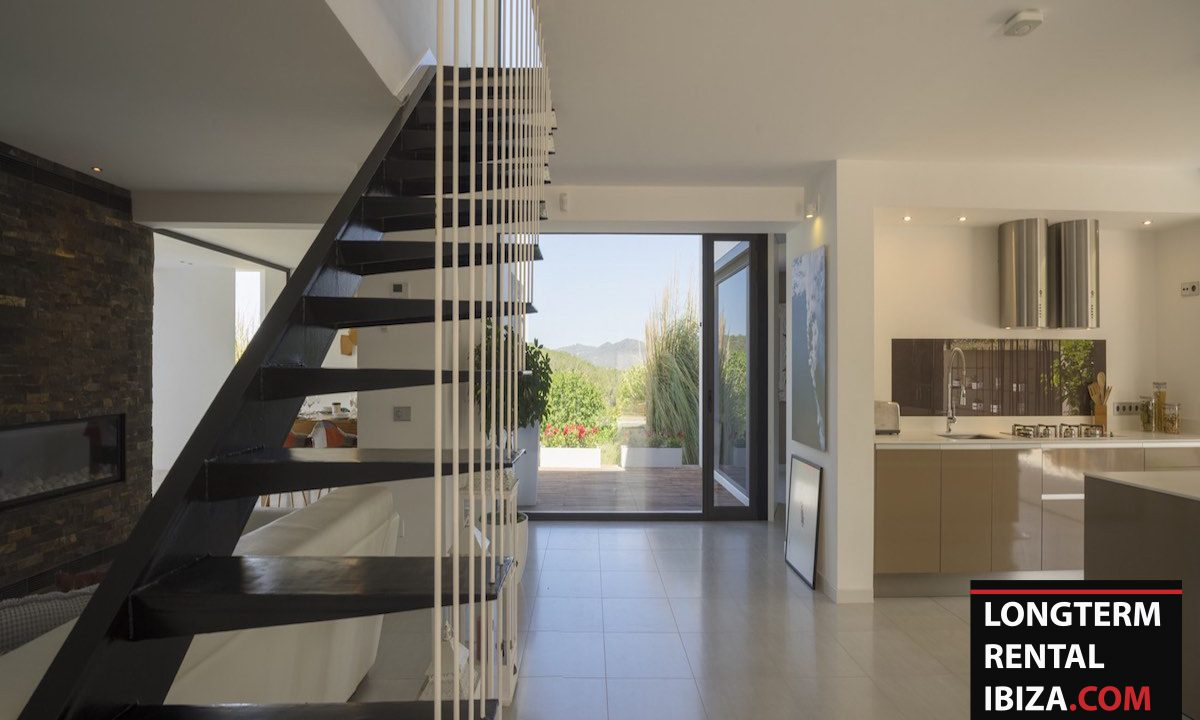 Long term rental Ibiza - Villa Benimussa 15