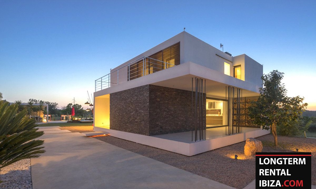 Long term rental Ibiza - Villa Benimussa 2