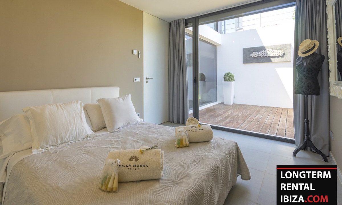 Long term rental Ibiza - Villa Benimussa 27