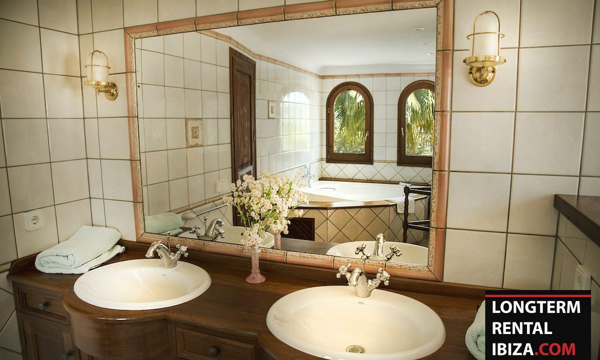 Long term rental Ibiza - Villa Residence 7